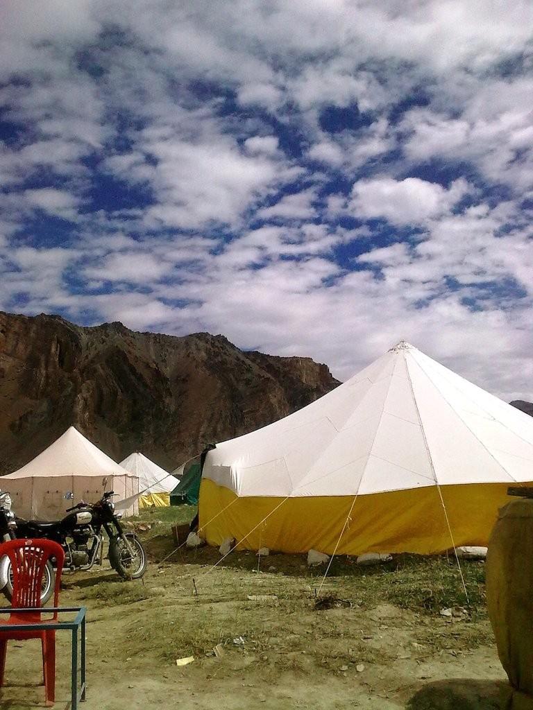 sarchu-camps